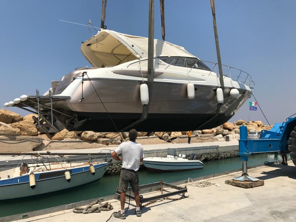 Cranchi Endurance 39 between personal and professional Gallipoli