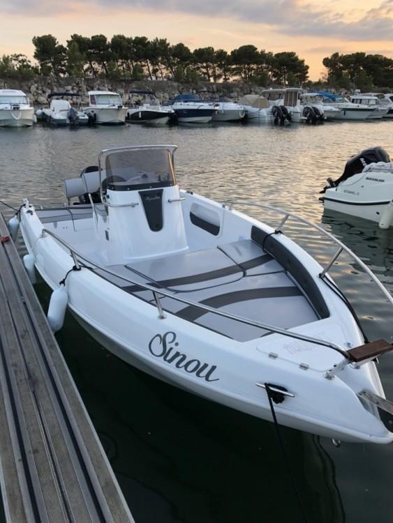 Boat rental Aquabat Sport Line 19 in Marseille on Samboat