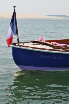 Rental Motorboat Pinasse with a permit