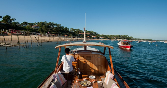 Hire Motorboat with or without skipper Pinasse Arcachon