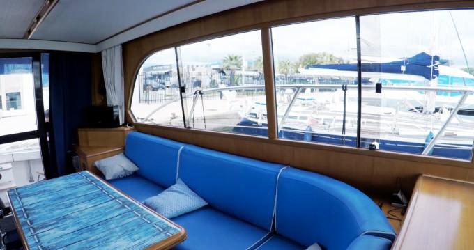 Rental yacht Saint-Laurent-du-Var - Caterpillar Fisherman 48 on SamBoat