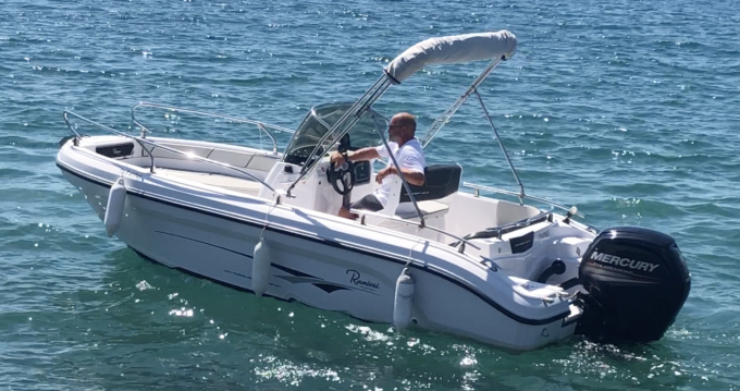 Rental Motorboat in Saint-Raphaël - Ranieri Voyager 18 S