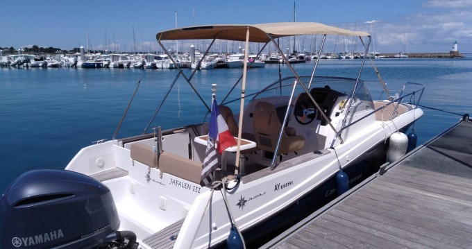 Motorboat for rent Saint-Philibert at the best price