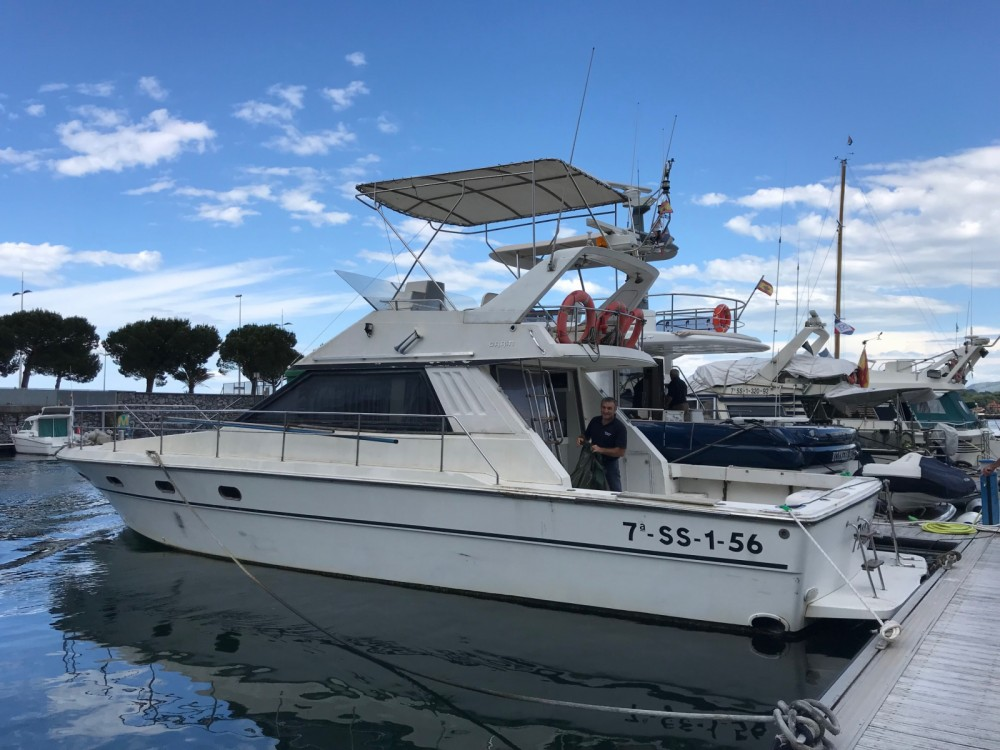 Hire Motor boat with or without skipper Garin Hendaye