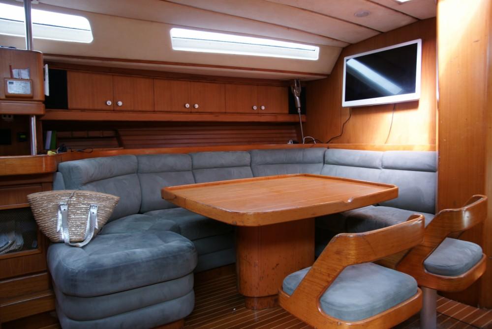 Boat rental Wauquiez CENTURION 61 in Balearic Islands on Samboat
