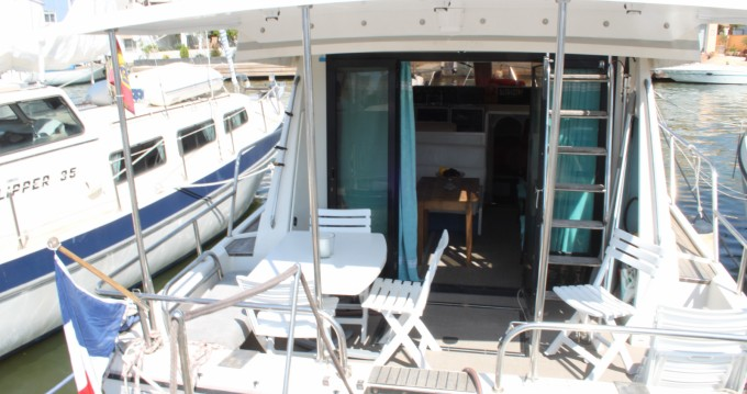 Boat rental Roses cheap Guy Couach 1150 Fly