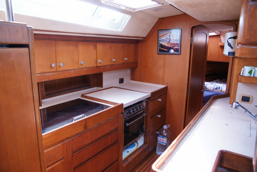 Sailboat for rent Balearic Islands at the best price