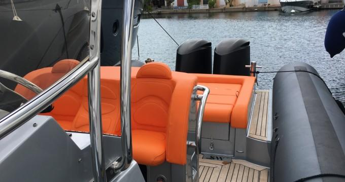 Rent a Sea Water Sea Water 320 Smeralda Port Grimaud
