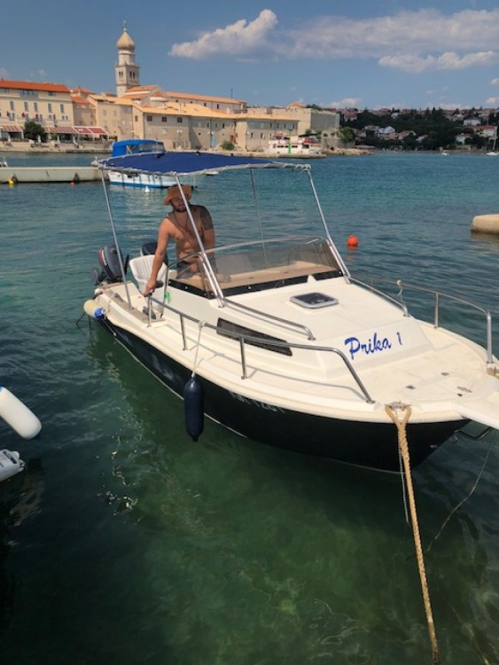Rental Motor boat Bakan with a permit