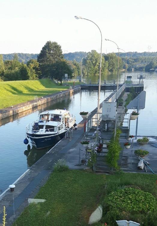 Rental Canal boat in Soissons - Valkmeer Vedette Hollandaise