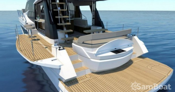 Boat rental Galeon Galeon 500 Fly in Cannes on Samboat