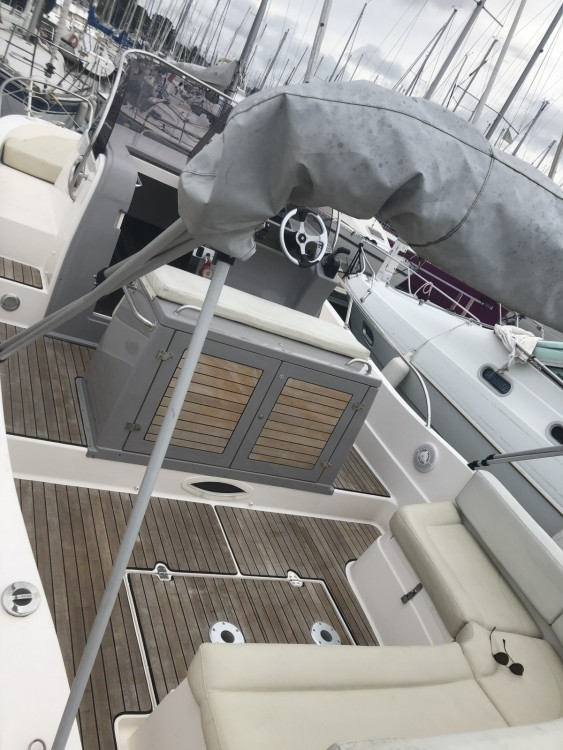 Pacific Craft Pacific Craft 800 Sun Cruiser between personal and professional La Trinité-sur-Mer