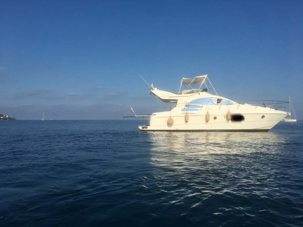 Rental yacht Liguria - Azimut Azimut 39 on SamBoat