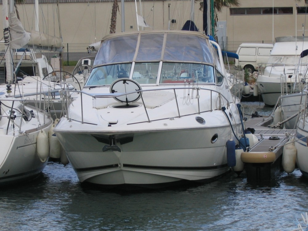 Cruiser Yatch 3075 between personal and professional Propriano