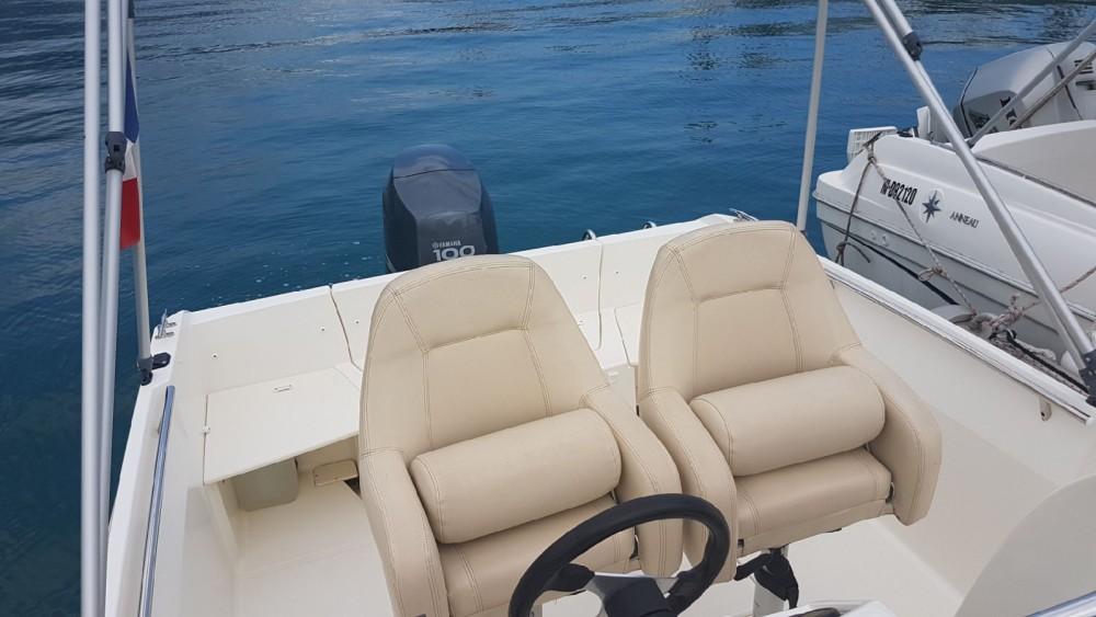 Rental yacht Marseille - Jeanneau Cap Camarat 555 Style on SamBoat