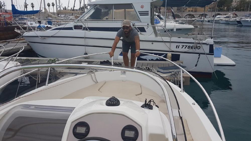 Rental Motor boat in Marseille - Jeanneau Cap Camarat 555 Style