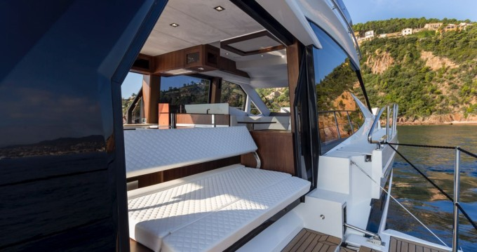 Hire Motorboat with or without skipper Galeon Cannes