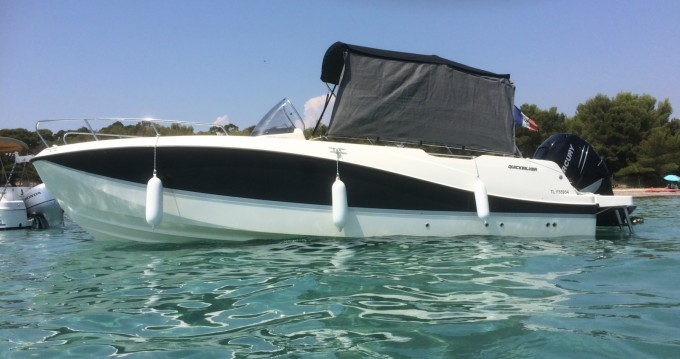 Rent a Quicksilver Activ 755 Open Hyères