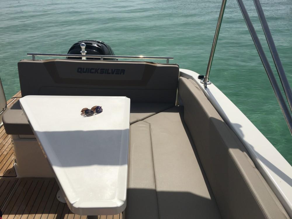 Rental yacht La Forêt-Fouesnant - Quicksilver Quicksilver 805 Sundeck on SamBoat