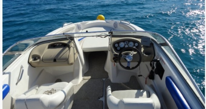 Glastron GT 225 between personal and professional Formentera