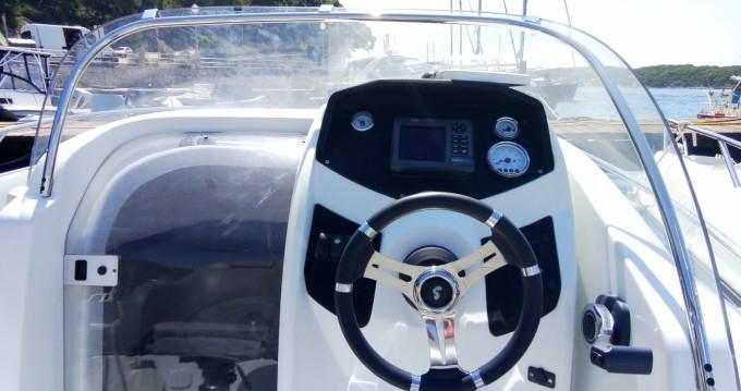 Rental Motorboat in Mali Lošinj - Bénéteau Flyer 550 Sun Deck