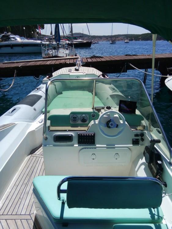 Boat rental Mali Lošinj cheap Shark 23