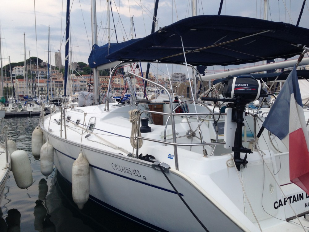 Sailboat for rent Cannes at the best price