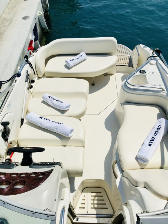 Boat rental Monterey 250 CR in  on Samboat