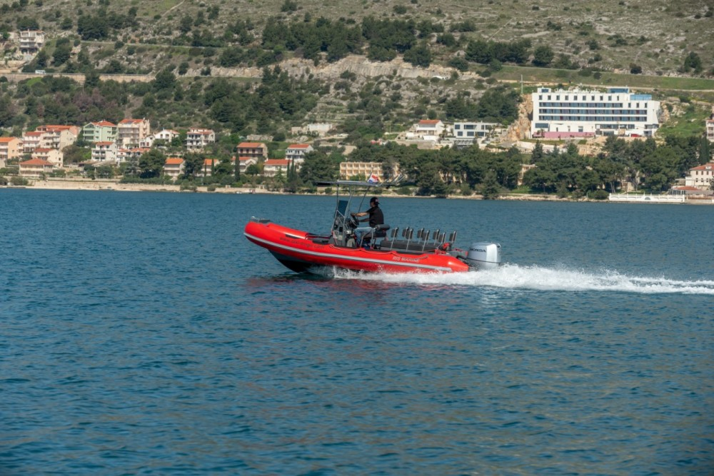 Boat rental Ris Marine RM 599 Special in Trogir on Samboat