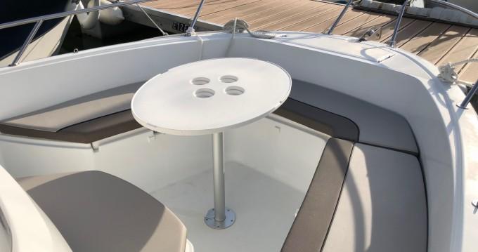 Boat rental Jeanneau Cap Camarat 6.5 CC in Pornic on Samboat