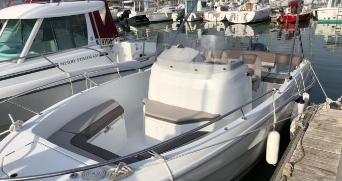 Rental Motorboat in Pornic - Jeanneau Cap Camarat 6.5 CC