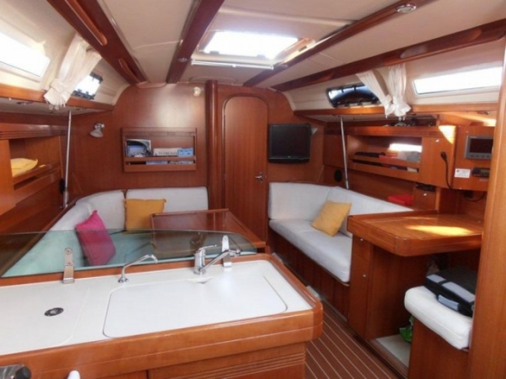 Rental yacht Alicante - Dufour Dufour 40 on SamBoat