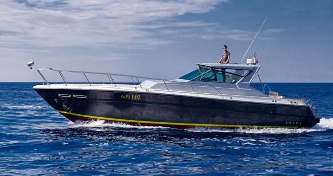 Rental yacht Hvar - Sea Ray Sea Ray 390 on SamBoat