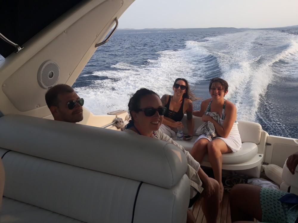 Boat rental Split cheap SEALINE S28