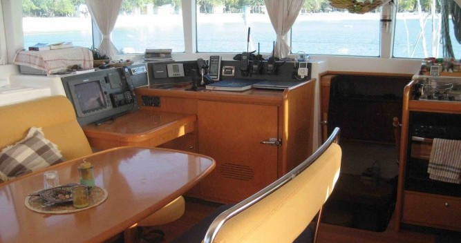Hire Catamaran with or without skipper Lagoon Pulau Tioman