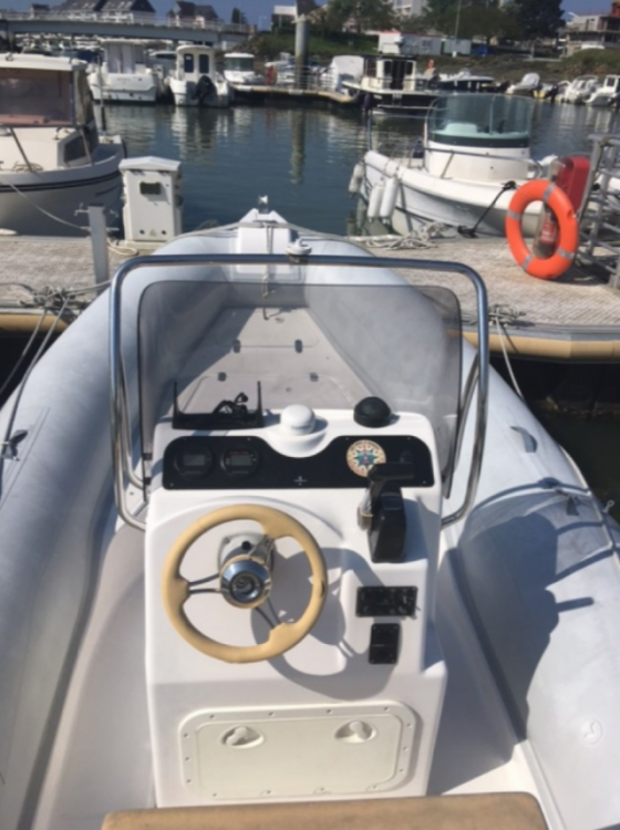 RIB for rent Le Pouliguen at the best price