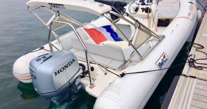 Boat rental Bwa Bwa 720 HP in Bormes-les-Mimosas on Samboat