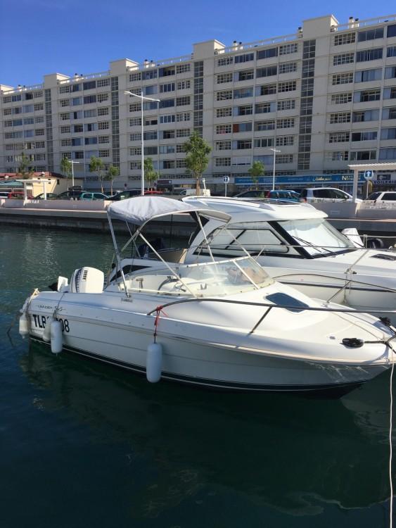 Rent a Jeanneau Leader 545 Toulon