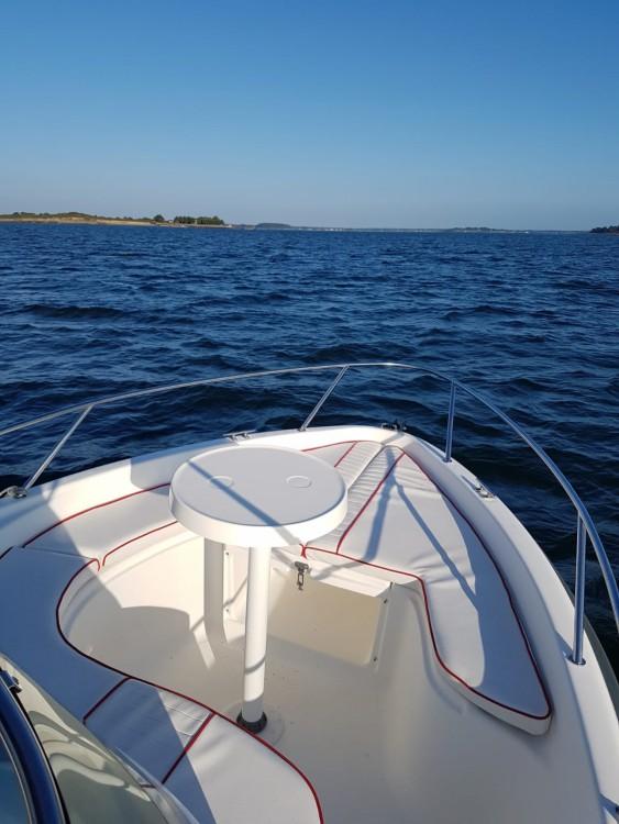 Boat rental B2 Marine Cap Ferret 552 Sun Deck in Vannes on Samboat