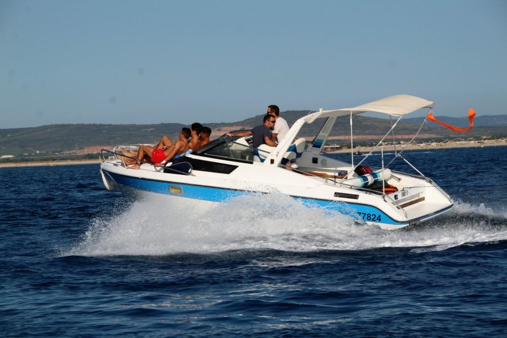 Rental Motorboat in Palavas-les-Flots - Jeanneau Leader 650
