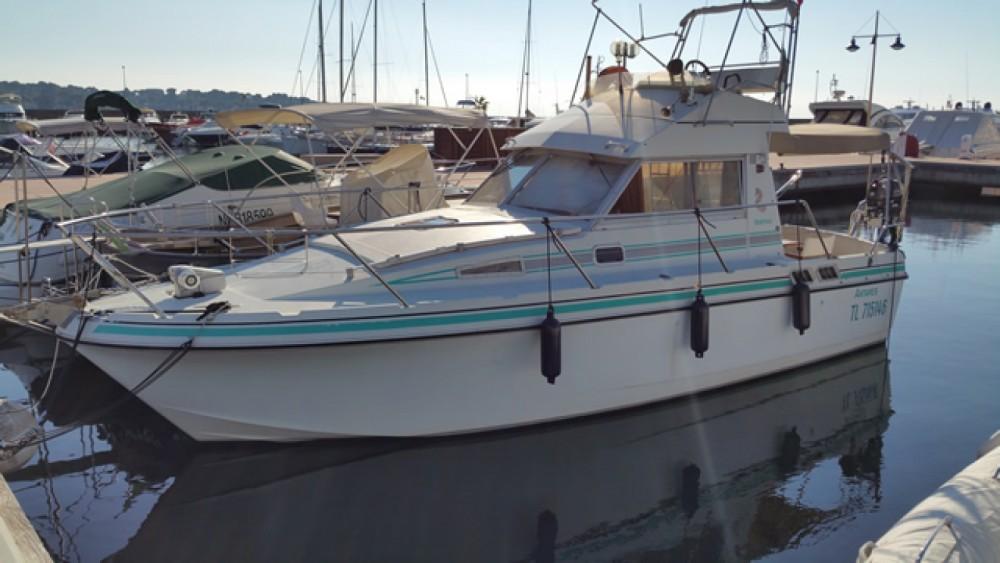 Rental yacht Vallauris - Bénéteau Antares 860 on SamBoat