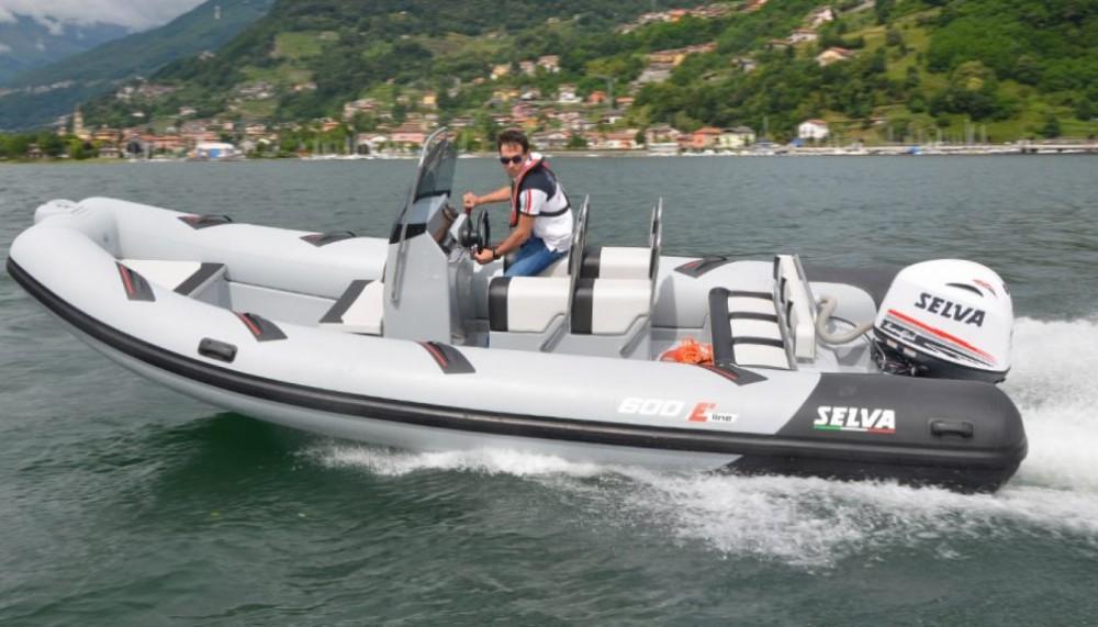 Boat rental Pléneuf-Val-André cheap Selva D600 Endeavour