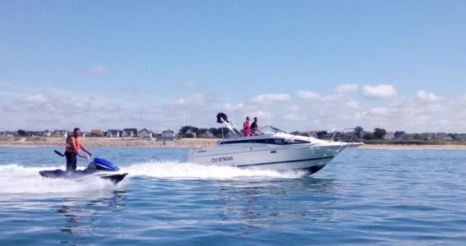 Boat rental Bayliner Cierra 2855 in Barneville-Carteret on Samboat