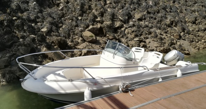 Boat rental Saint-Malo cheap Cap Camarat 515