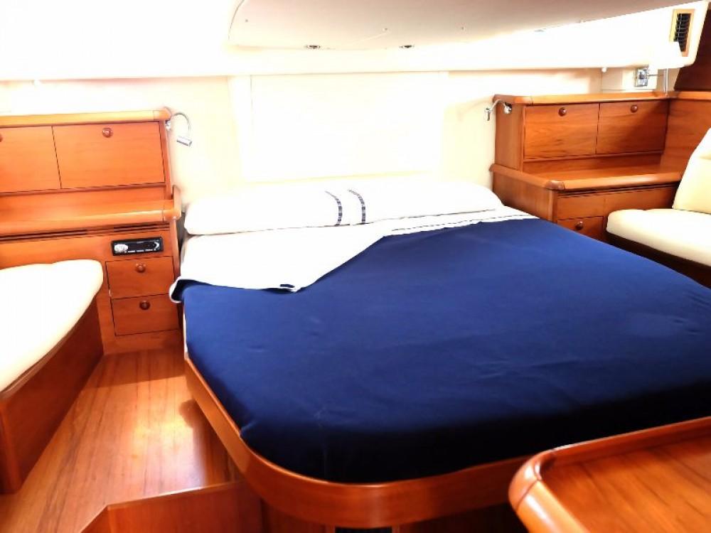 Rental Sailboat in Santa Pola - Jeanneau Sun Odyssey 54 DS