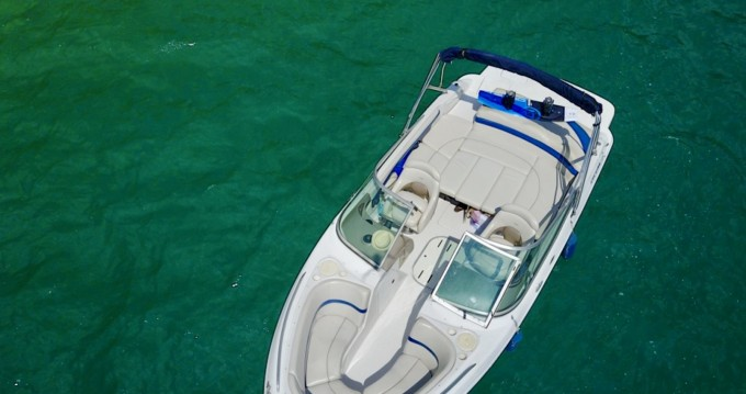 Hire Motorboat with or without skipper Four Winns Annecy