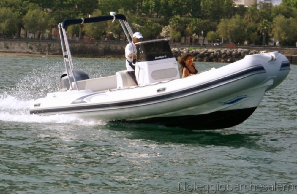 Boat rental Salerno cheap PREDATOR 6,80