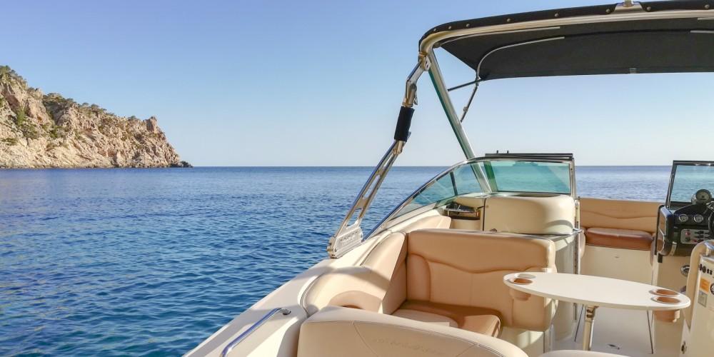 Motor boat for rent Santa Ponsa at the best price