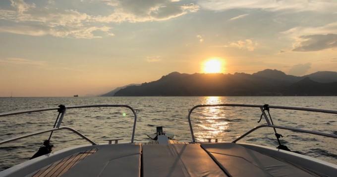Rental Motorboat in Amalfi - Bénéteau Flyer 8