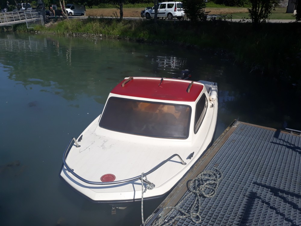 Rental Motor boat Cid with a permit